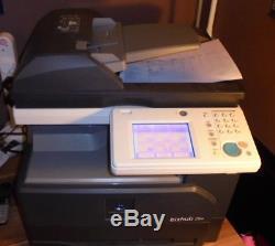 Konica Bizhub 25e Photocopieur / Imprimante De Bureau Noir Et Blanc Seulement 70598 Exemplaires